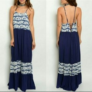 Dresses & Skirts - Lace Up Back Maxi Dress